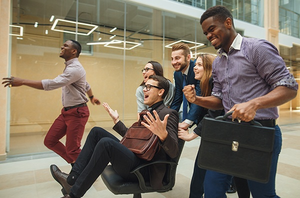 Creates a Flexible Team Environment. Ergonomic Office chairs.