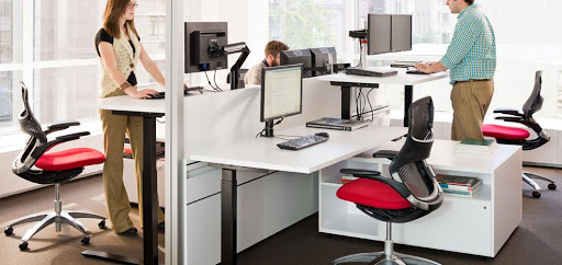height-adjustable-desks-and-tables
